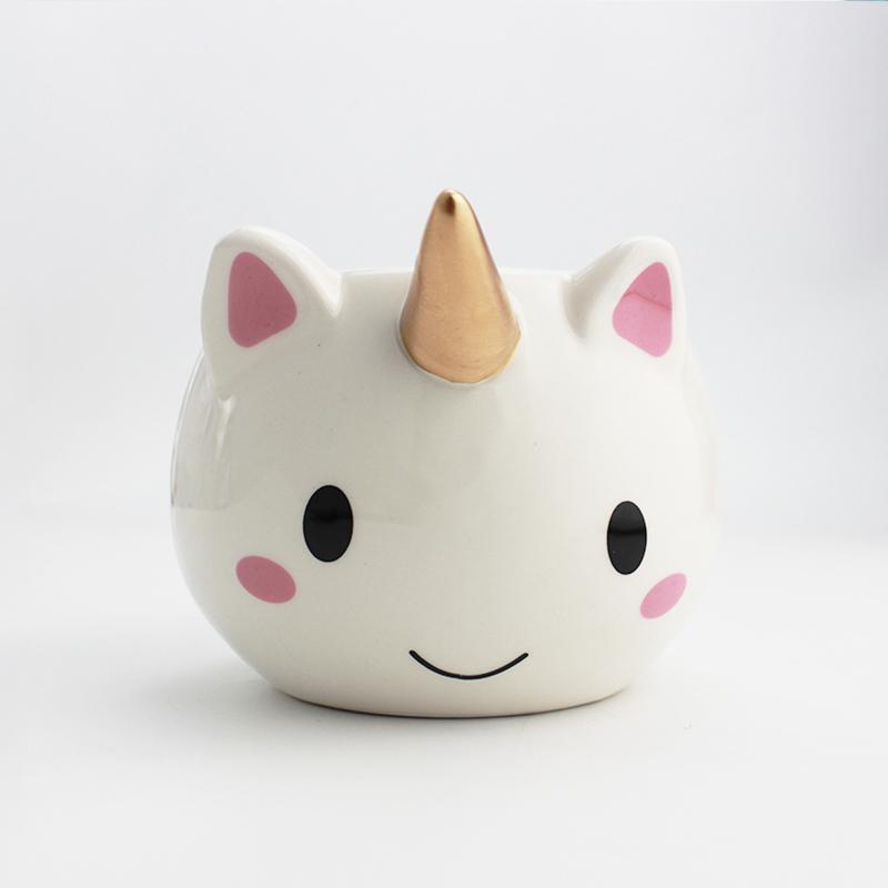 Taza de Cerámica en Forma de Unicornio
