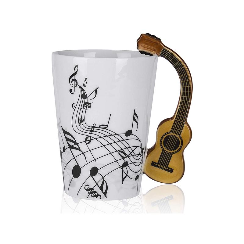 Taza de Céramica con Mango en Forma de Guitarra